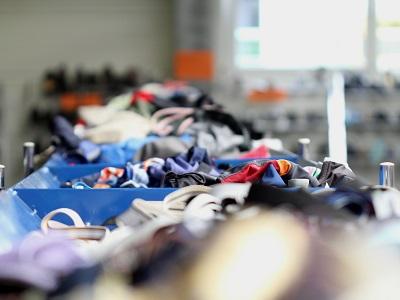 Retail used textiles